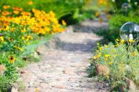 Каменная дорожка к Домику Фермера �� ������� �����